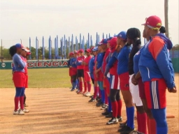 Seleção cubana, de softbol feminino, começa sua preparação para o IX Campeonato Pan-americano