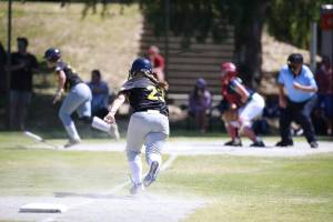 Partida válida pelo Campeonato australiano de Softbol feminino aberto 2018