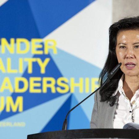 Secretária-geral da WBSC, Beng Choo Low, discursando no 3º Forum da ASOIF sobre igualidade de gêneros em março de 2018, em Lausanne na Suiça. (foto:IOC Philippe Woods)