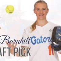 Kelly Barnhill é a escolha Nº1 do Draft da NPF