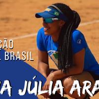 """Majú Araújo é a center fielder do """"Escalação Softbol Brasil"""""""